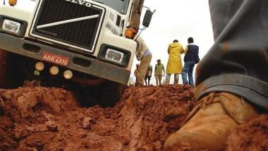 Rodovias de má qualidade encarecem o transporte em média 25%