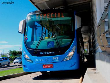 Mercedes-Benz turbina sua presença no BRT do Rio de Janeiro