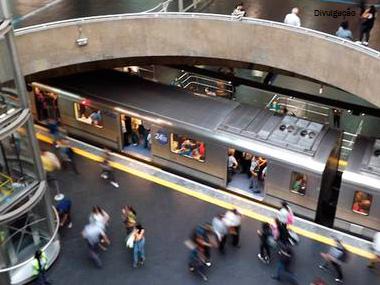 Metro de SP terá mais estações com Wi-Fi