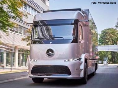 Mercedes-Benz testa caminhão totalmente elétrico na Europa