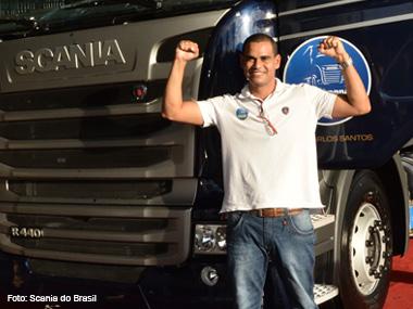 Caminhoneiro baiano recebe Scania zero km de prêmio