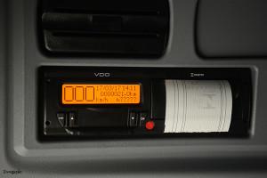mercedes-conforto-tacografo-digital