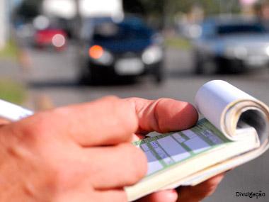 Quase 870 mil multas são aplicadas nas rodovias estaduais de SP entre janeiro e abril