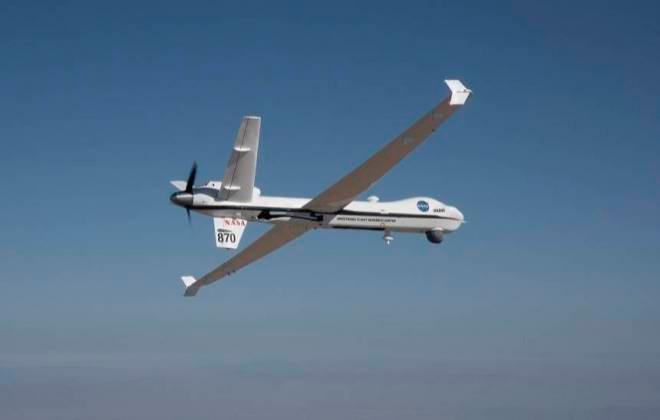 NASA realiza voo de avião não tripulado