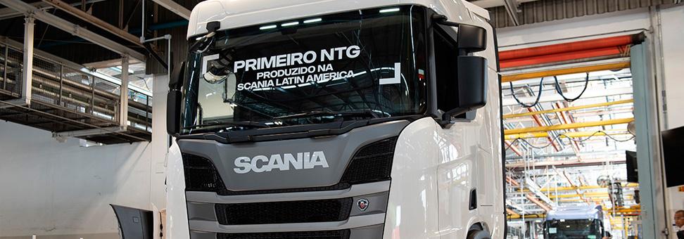 Exclusivo: primeiro Scania Nova Geração sai da linha de montagem
