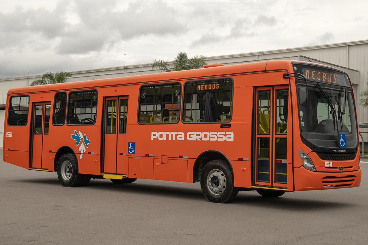 Alemãs travam batalha pela liderança nos ônibus