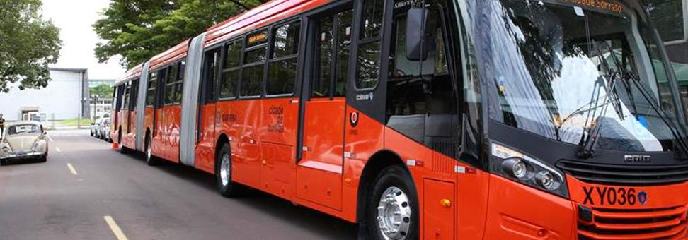 Scania vende biarticulados a Curitiba