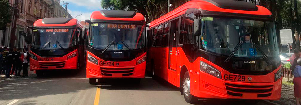 Biarticulados Scania já estão em Curitiba