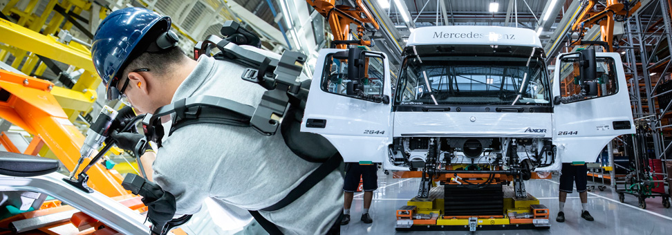 Quarta revolução industrial chega às cabines Mercedes