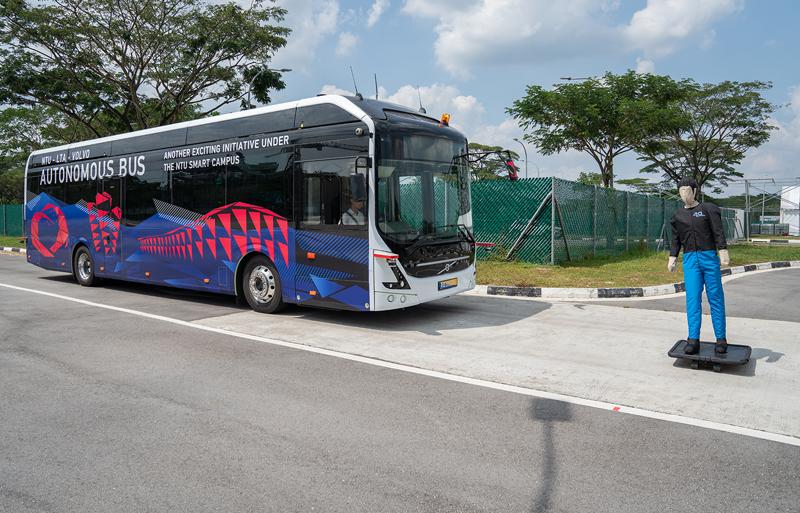 Volvo prepara os primeiros ônibus de 12 metros autônomos do mundo