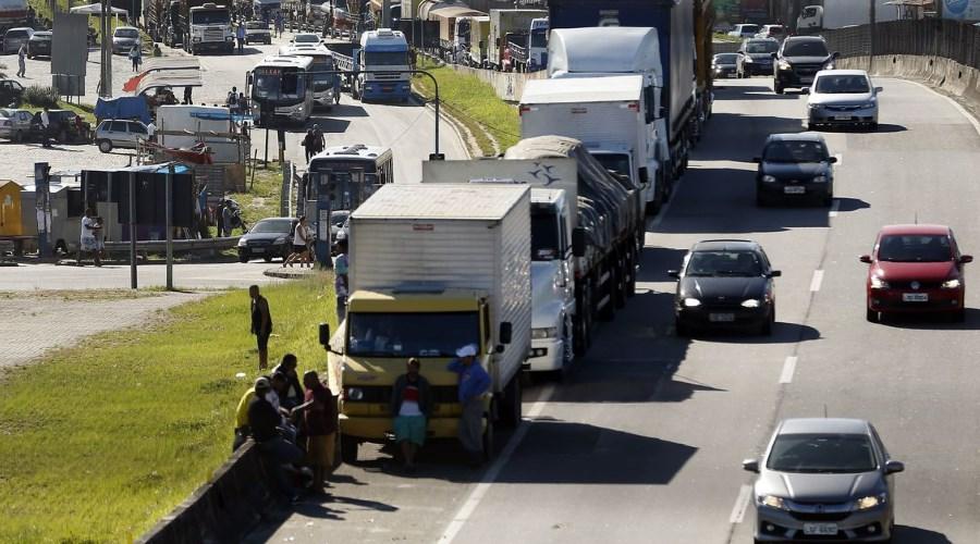 Caminhoneiros e Governo debatem realidade do transporte em meio à crise de representação