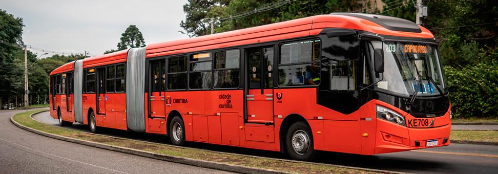 Ônibus Volvo ocupam Curitiba