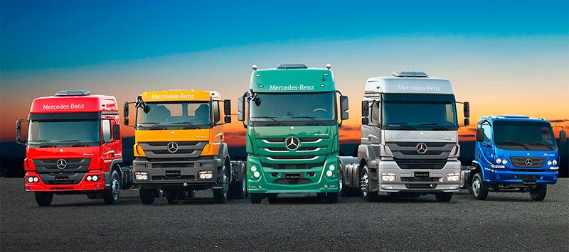 Mercedes-Club comemora um ano de lançamento
