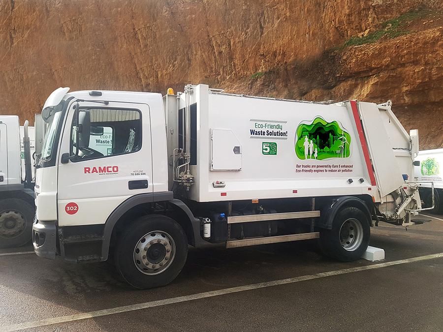 Caminhões Mercedes brasileiros com transmissão Allison operam no Líbano