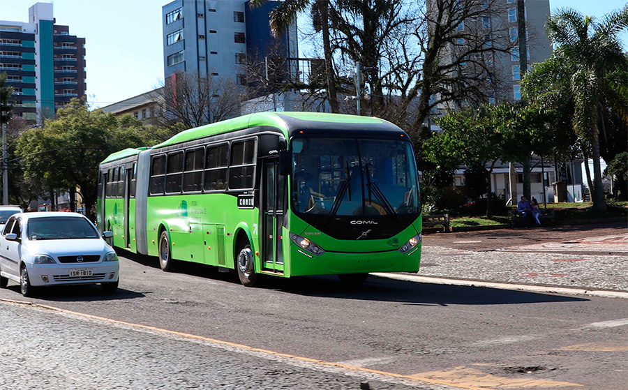Volvo vende 50 ônibus articulados para cliente no Caribe
