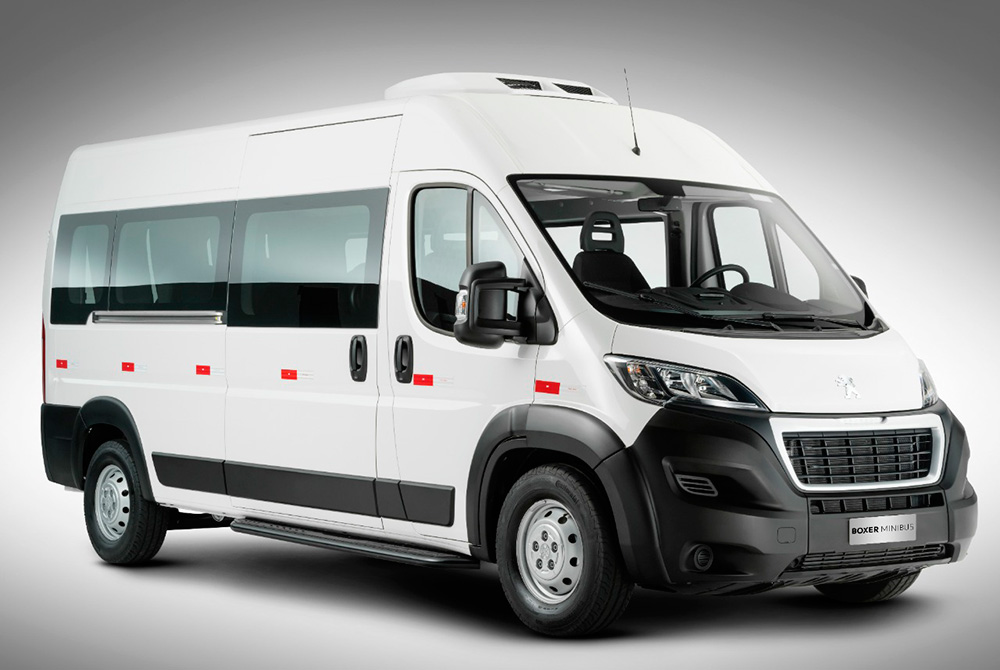 Peugeot vai de Boxer Minibus para a Fenatran