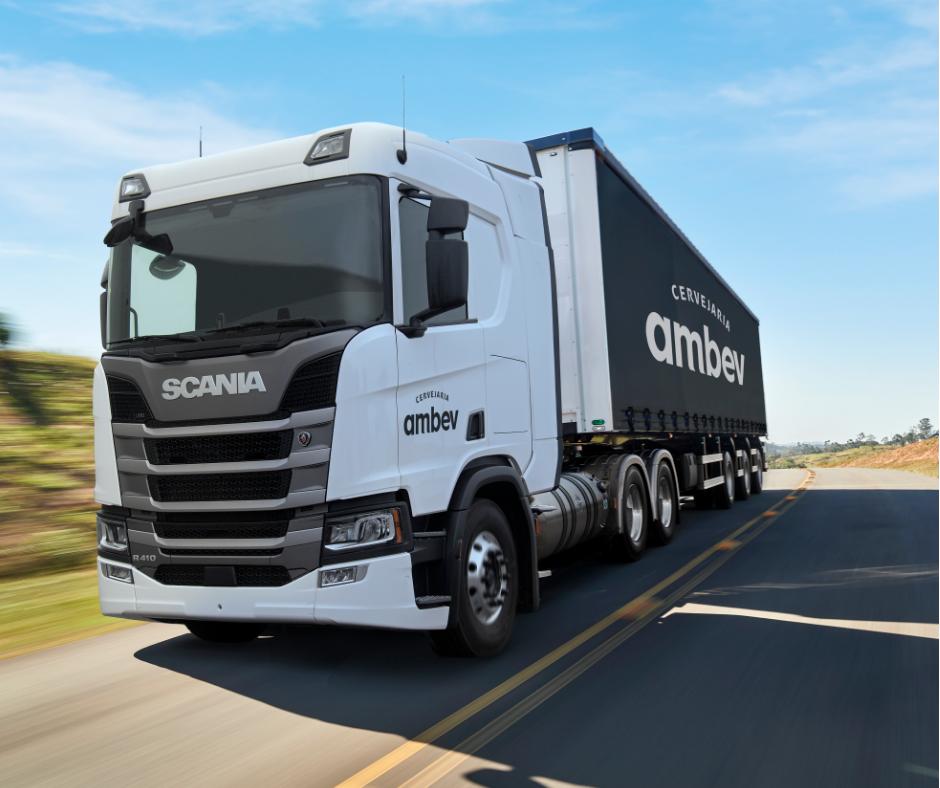 Cervejaria Ambev e Scania anunciam parceria em demonstração dos primeiros caminhões 100% movidos a gás liquefeito no Brasil