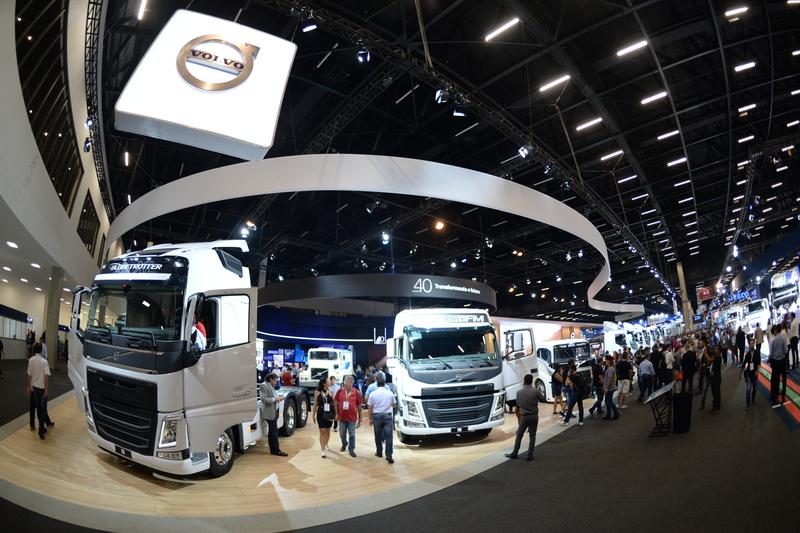 Volvo estima fechar mais de R$ 1 bilhão em negócios na Fenatran