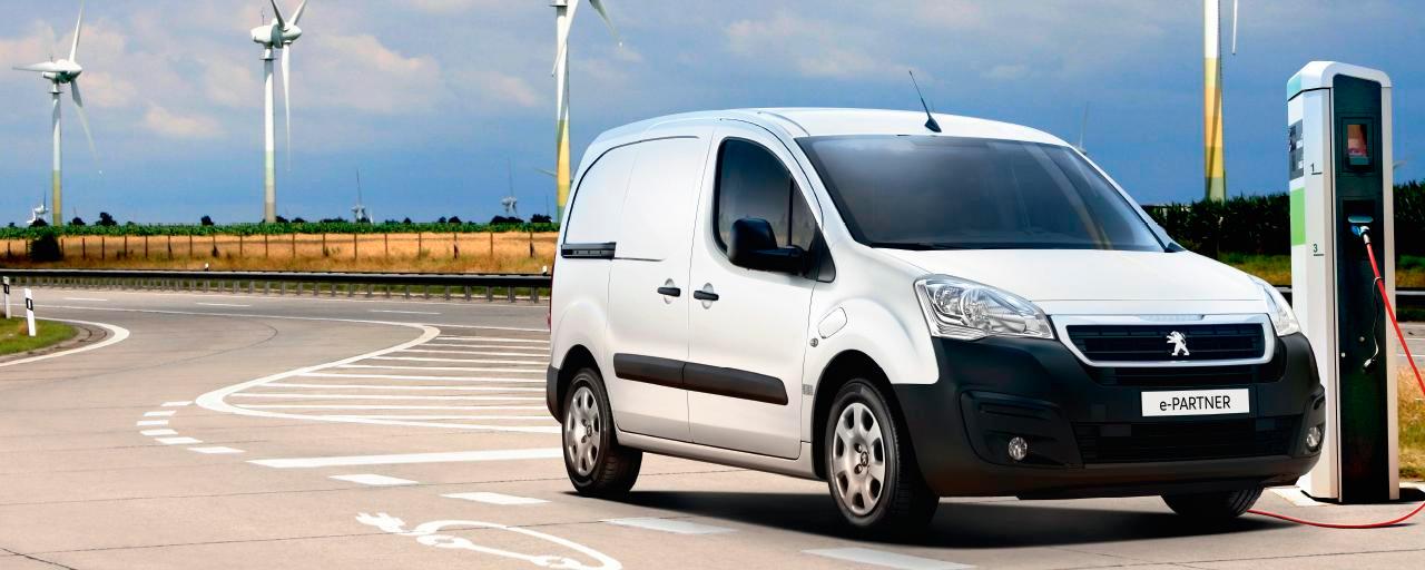 Peugeot apresenta furgão e-Expert 100% elétrico para o mercado europeu