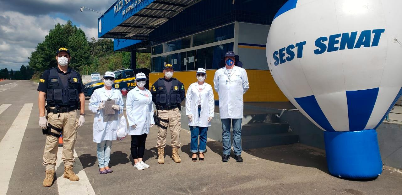 SEST SENAT vai às rodovias para ajudar caminhoneiros na crise do vírus