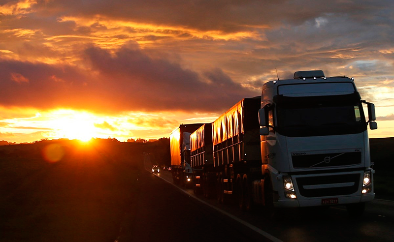 Entidade aponta para queda de 45% no transporte de cargas