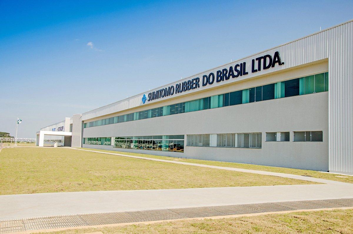 Dunlop já produz mil pneus de caminhões por dia no Brasil