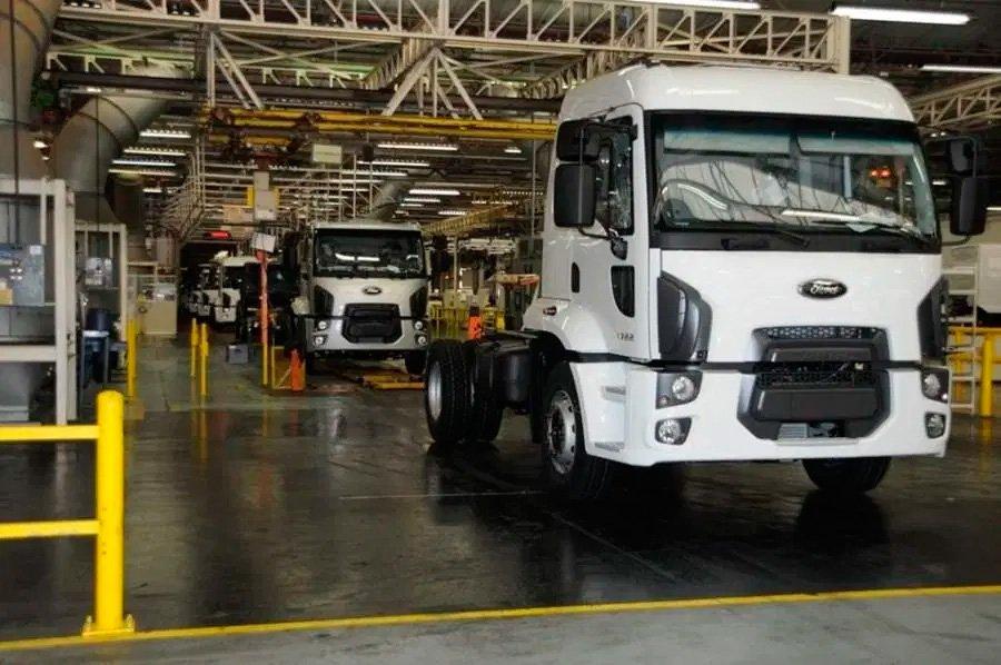 Fábrica da Ford Caminhões é comprada por construtora
