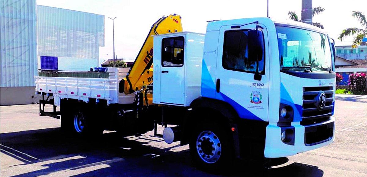 Volkswagen entrega de 21 caminhões para a Prefeitura de Praia Grande (SP)