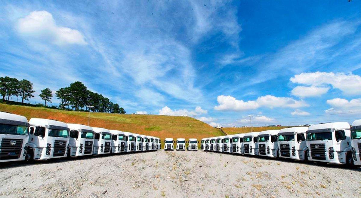 Volkswagen faz mega venda de caminhões para Grupo Vamos