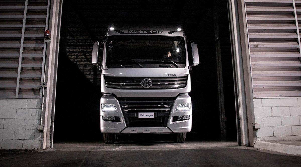VW dá super carência e já vendeu mais de 200 caminhões Meteor