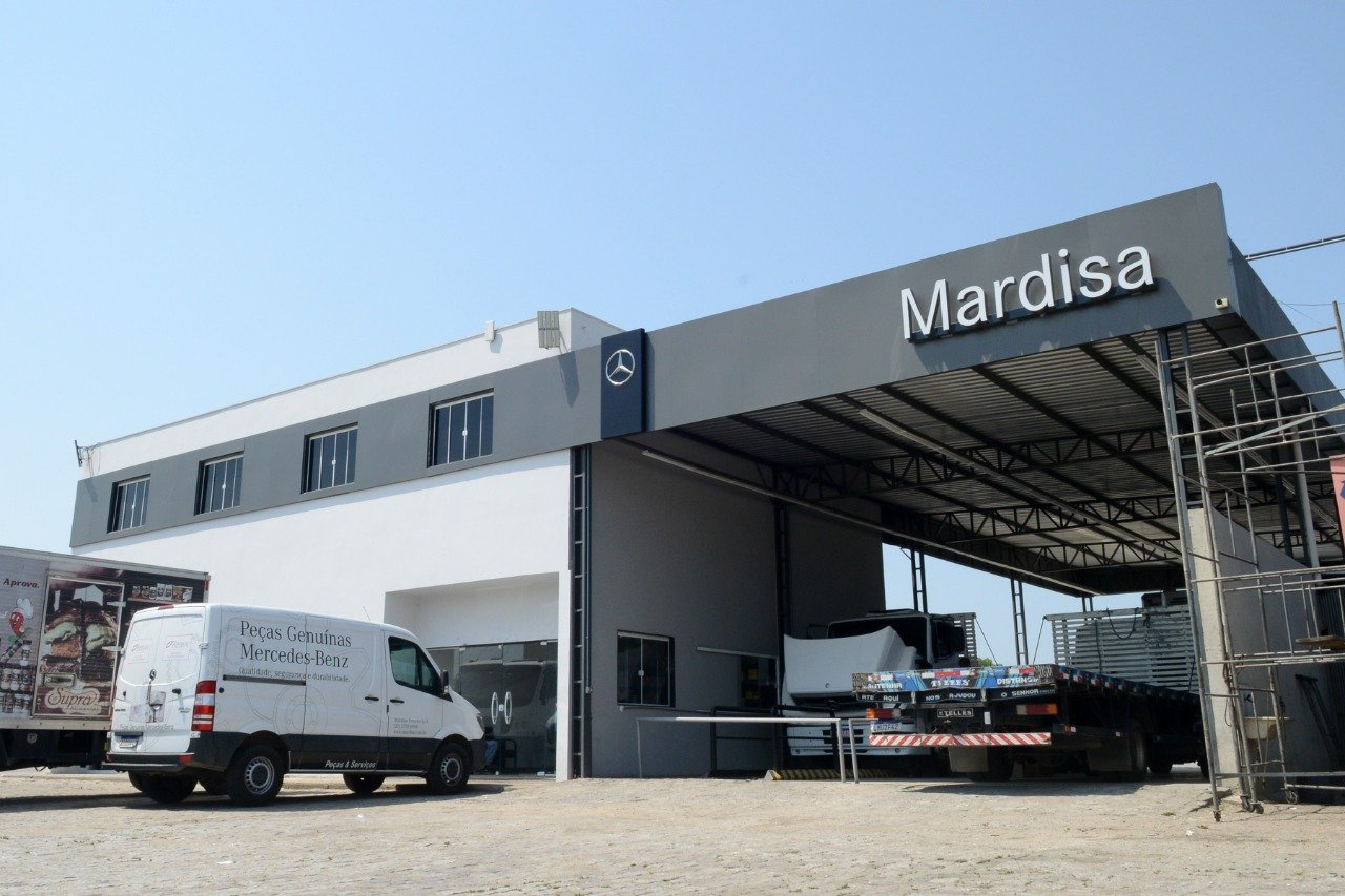 Mercedes-Benz vai ter Truck Centers nos postos de combustíveis do Brasil