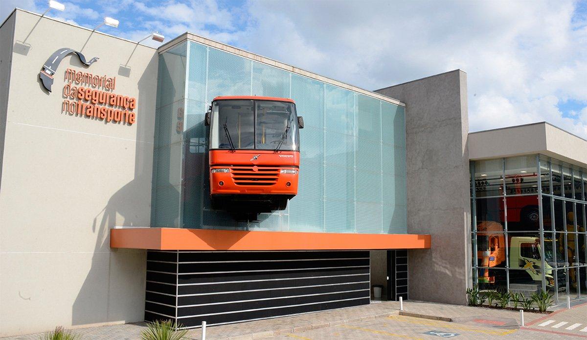 Memorial da Segurança do Transporte reabre as portas para visitas em Curitiba (PR)