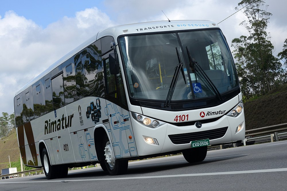 Mercedes-Benz cria chassi de ônibus exclusivo para fretamento