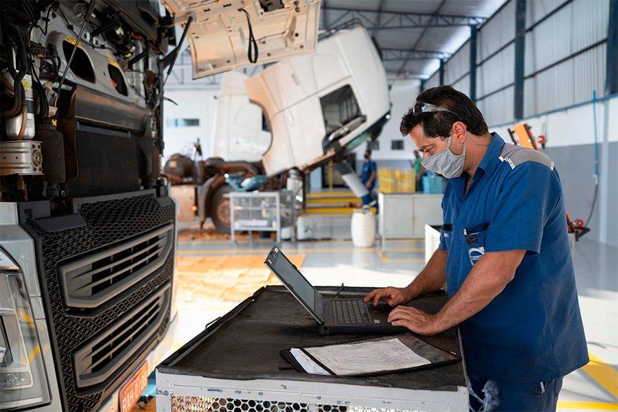 Volvo inaugura centésima concessionária de caminhões e ônibus no Brasil