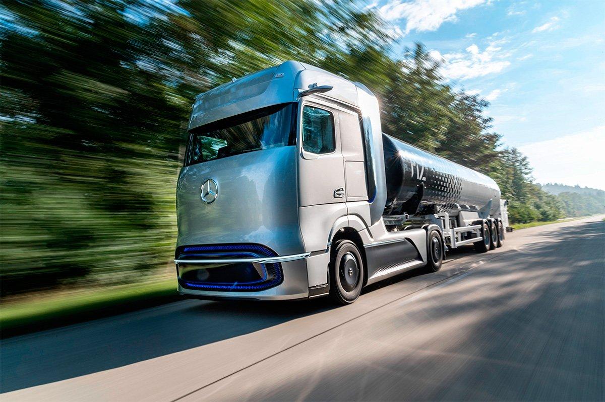 Daimler Truck AG apresenta sistema de abastecimento de hidrogênio líquido para caminhões