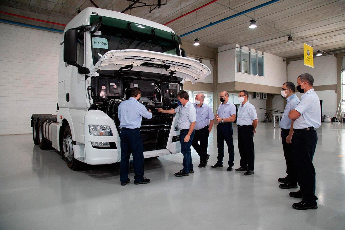 Volkswagen treina times de especialistas na família Meteor