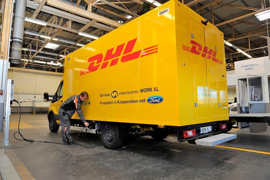 DHL vai investir 7 bilhões de euros para eletrificar 60% de sua frota até 2030