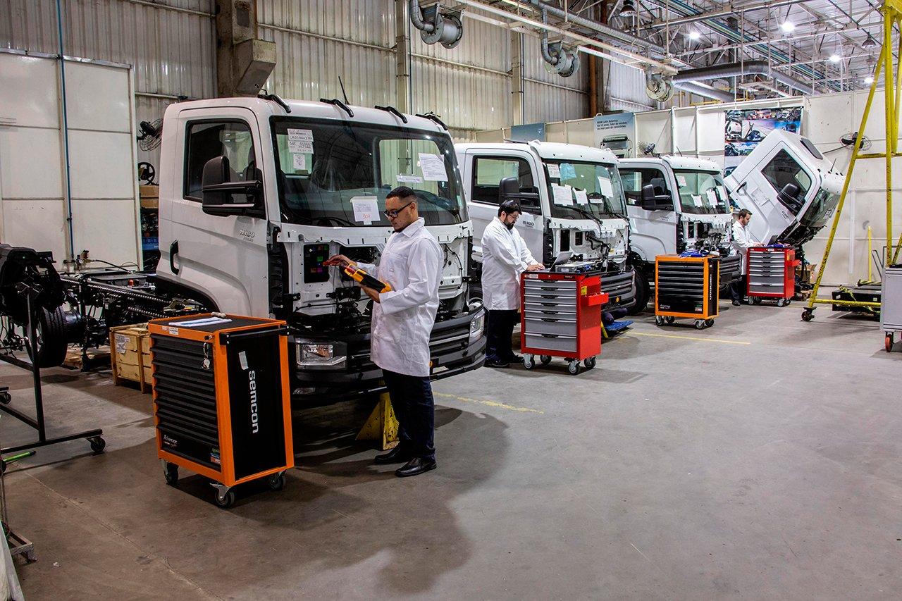 Brasil vai começar a fabricar caminhões elétricos em série