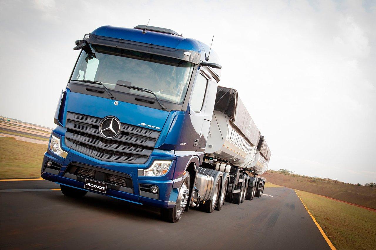 Mercedes-Benz cria novo grupo de consórcio para os extrapesados Axor e Novo Actros
