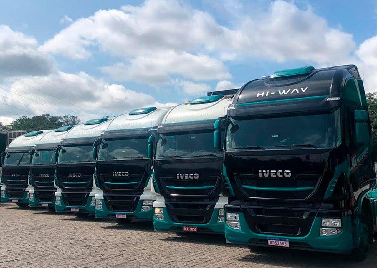Transportadora do Paraná compra médios e extrapesados Iveco