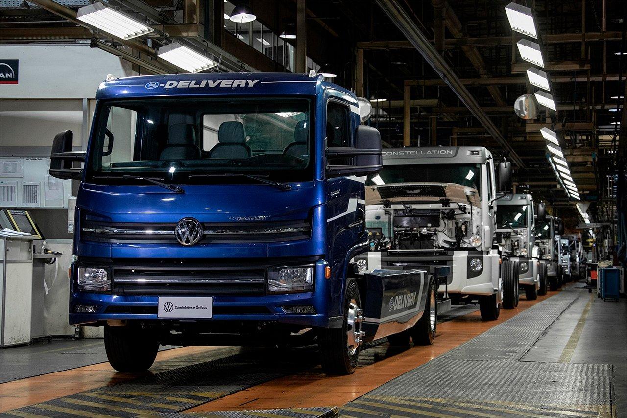 Volkswagen começa a fabricar seus caminhões e-Delivery elétricos