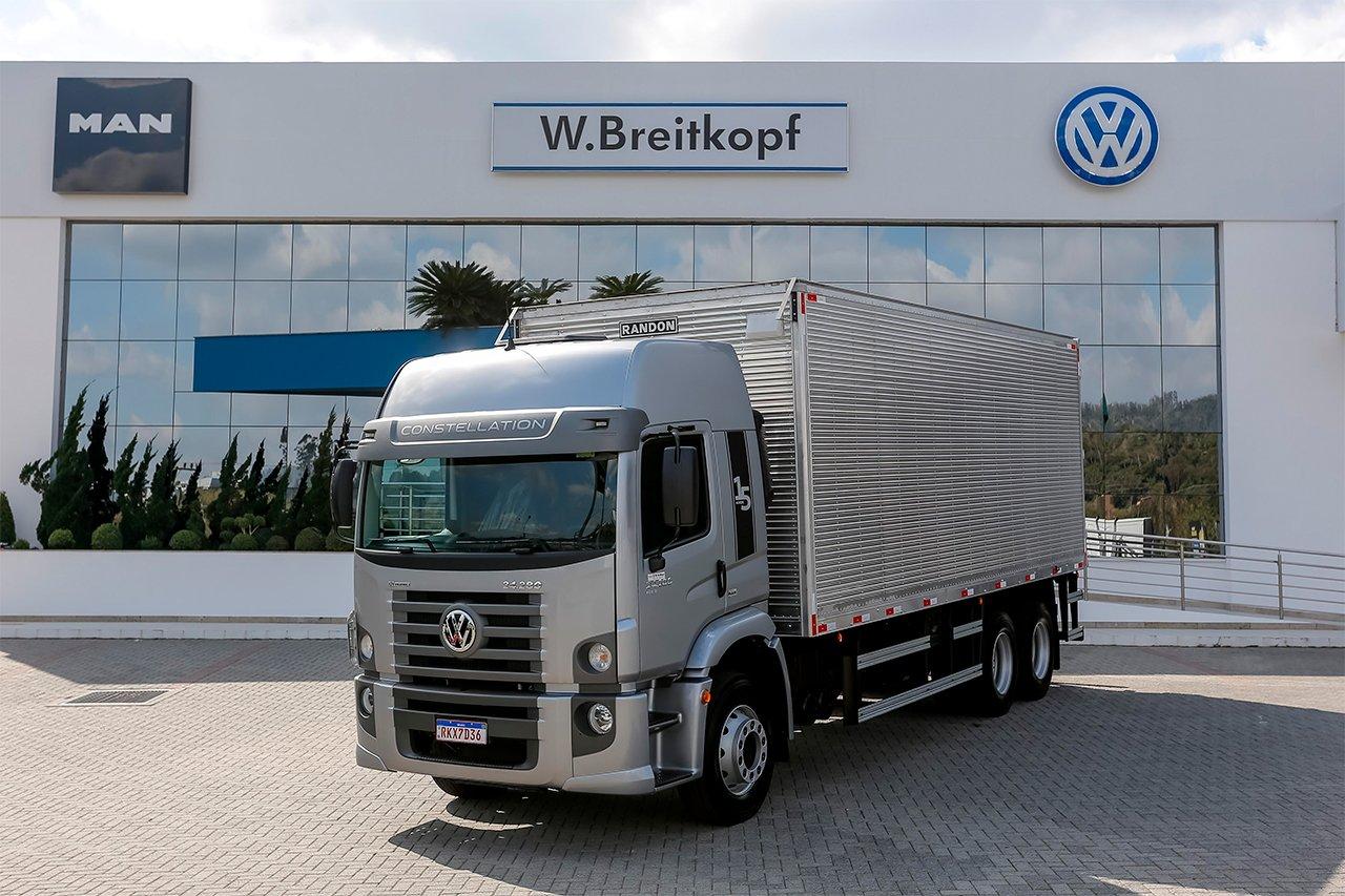 Caminhoneiro catarinense ganha um VW Constellation zero km