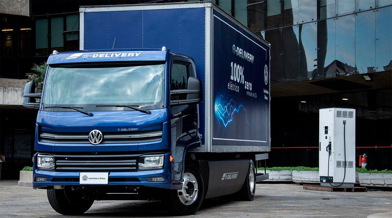 Volkswagen vende 100 caminhões elétricos em um mês